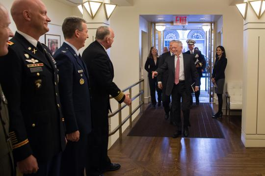 SD speaks with military fellows of the CFR